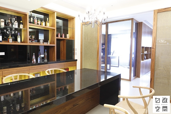 自遊空間 「自由無壓」與「尊榮待客」的家 廚房